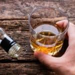 Mơ uống rượu, người tuổi Tý đánh con số gì để mở cửa tài vận?