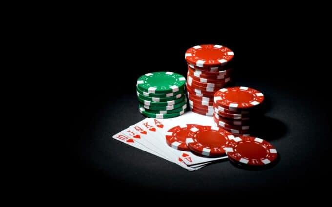 3 meo giup nguoi moi choi Poker truc tuyen luon chien thang